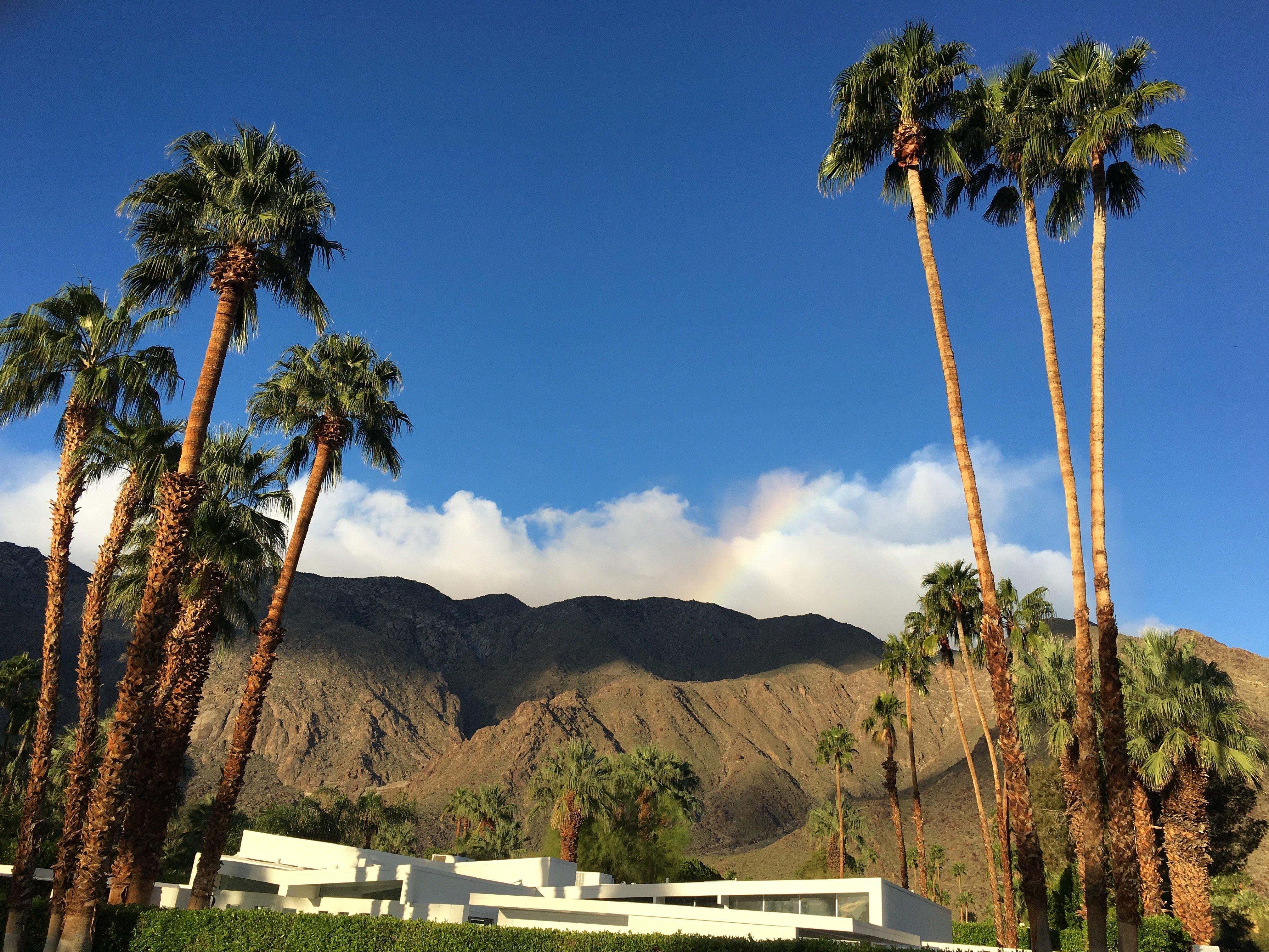 Palm Springs, CA: Shaklee's Chairman's Retreat