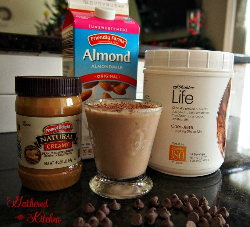 peanut-butter-chocolate-protein-shake-4