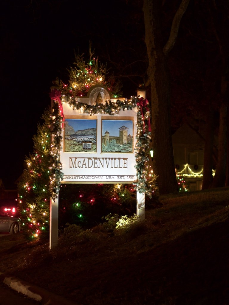 Mcadenville Christmas Lights.Christmas Town Usa Mcadenville Nc Gathered In The Kitchen
