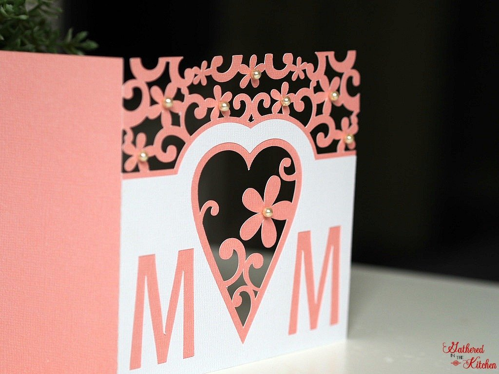 Mother's Day card with heart and flowers