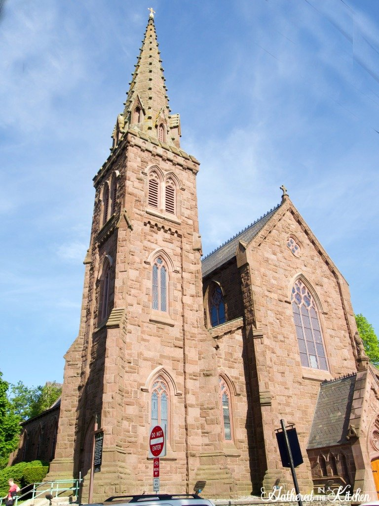 church where John f. Kennedy and Jackie Onassis were married