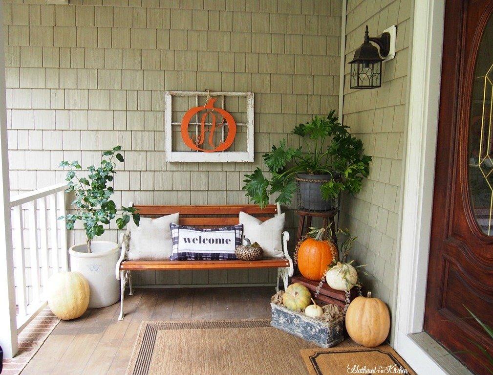 Easy Outdoor Fall Porch Decor