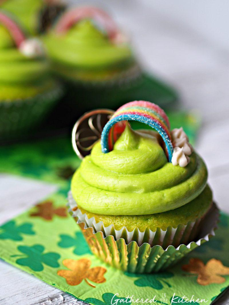 St. Patrick's Day Rainbow Cupcakes