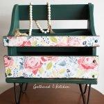 stylish magazing holder with flowers