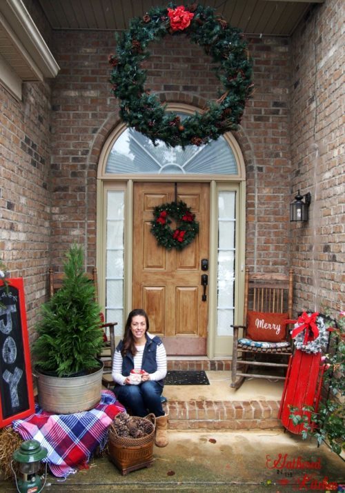 Beautiful Christmas Front Porch Outdoor Decor