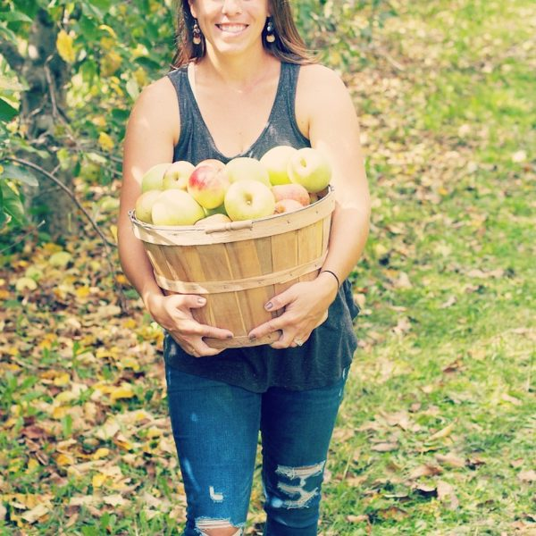 Apple Picking – U Pick Apple Orchard