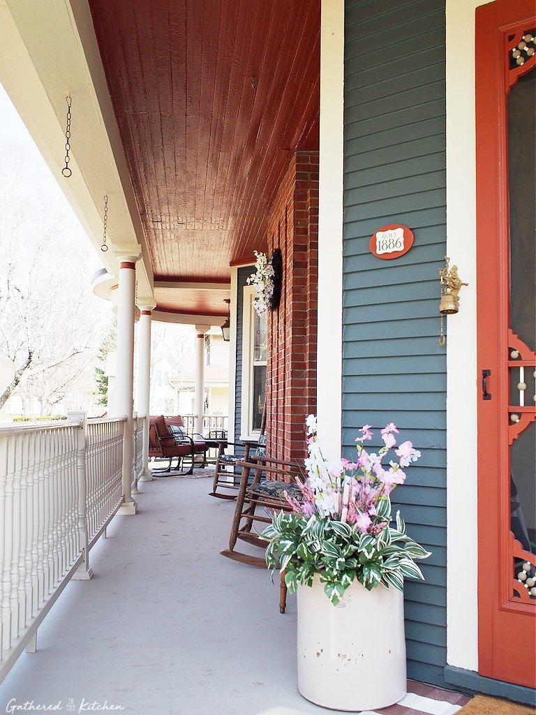 victorian wrap around porch
