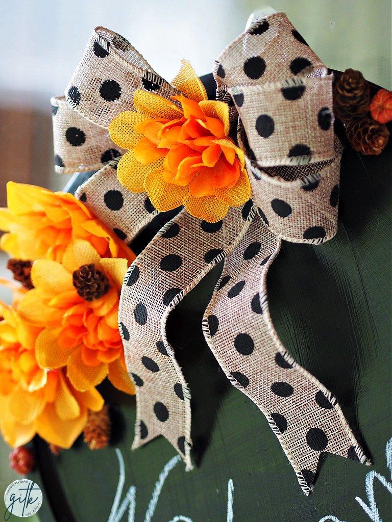 polka dot bow with flowers on wreath