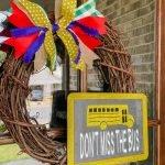 DIY Don't Miss The Bus Wreath