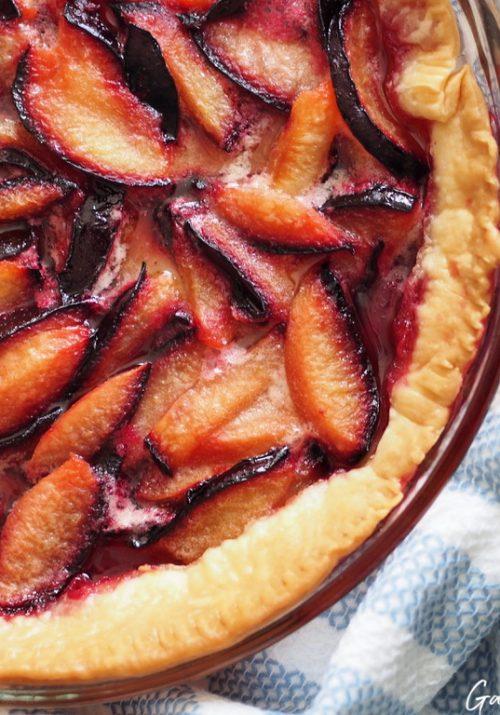 Homemade Purple Plum Pie Recipe